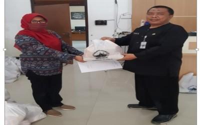 Penerimaan Bantuan Sembako dari Cabang Dinas Pendidikan dan Kebudayaan Wilayah XI